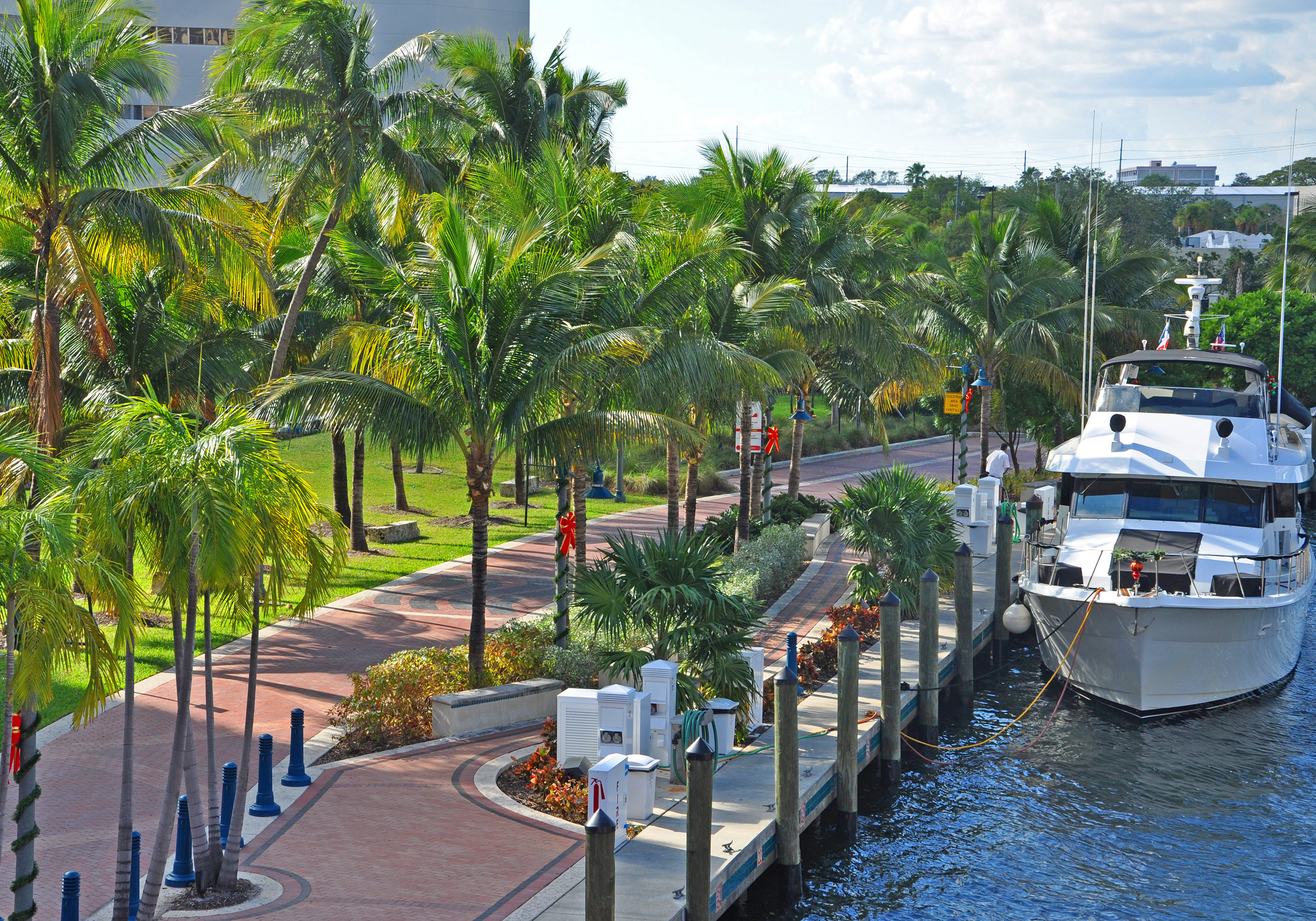 Fort Lauderdale New River is Intracoastal Waterway to Atlantic Ocean and is home for luxurious yachts in Fort Lauderdale, Florida, USA.