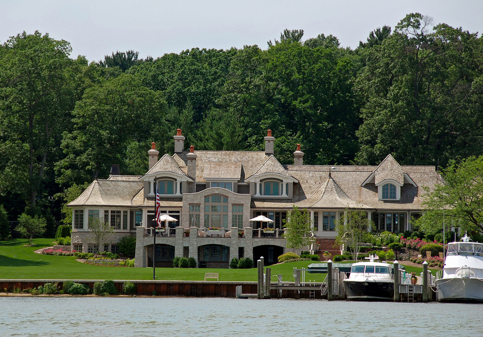 New estate on the lake shore with boat slips.